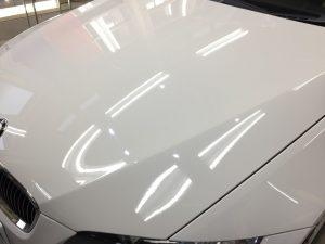BMW3・リアルガラスコート後のボンネット