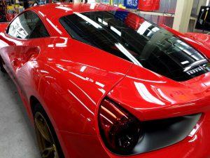 フェラーリ488・エシュロンゼンゼロ・左後方より (2)