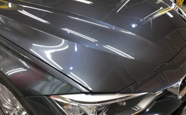 BMW320dMスポーツ・プレミアムコーティング後のボンネット3
