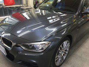 BMW320dMスポーツ・プレミアムコーティング後のボンネット