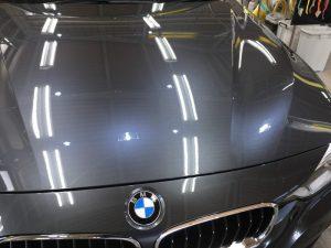 BMW320dMスポーツ・プレミアムコーティング後のボンネット2