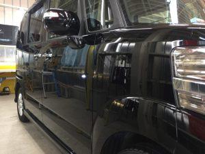 NBOX・プレミアムコーティング後の運転席側フェンダー付近