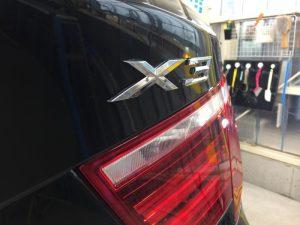 BMWX3・ジーゾックス・ハイドロフィニッシュ施工後のリアエンブレム