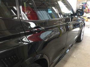 BMWX3・ジーゾックス・ハイドロフィニッシュ施工後の運転席側後方