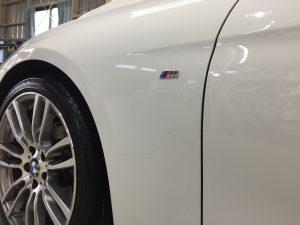 BMW3ツーリング・ハイドロフィニッシュ施工後の助手席側フェンダー周り