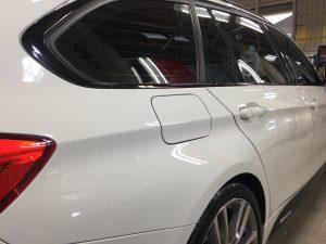 BMW3ツーリング・ハイドロフィニッシュ施工後の運転席側クォーターパネル周り