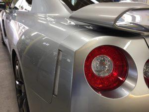 GT-R・ハイモースコート施工後の助手席側テール周り