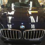 BMW5・エシュロンゼンゼロ施工後のボンネット正面