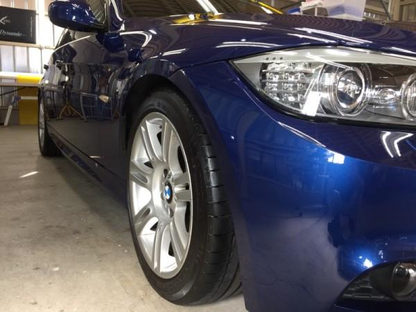 BMW3・ハイモースコート施工後の運転席側フェンダー周り