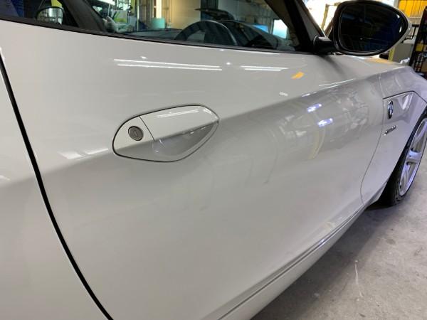 BMWZ4・スタンダードコーティング後の右ドア