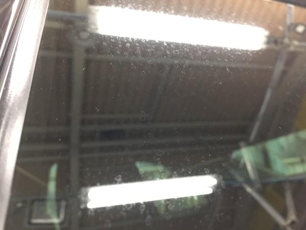 クラウン・窓ガラスウロコ取り・サイドウィンドウ2