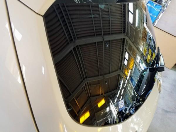 メルセデスベンツGLS・メッキモールコーティング&窓ガラスコーティング後のリアガラス