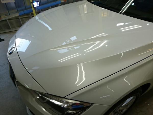BMW3・スタンダードコーティング施工後のボンネット
