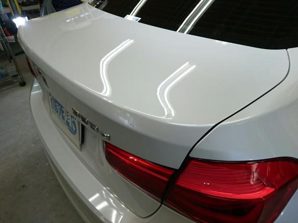 BMW3・スタンダードコーティング施工後のトランク