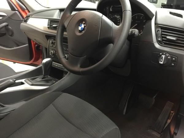 BMWX1・車内クリーニング後の運転席