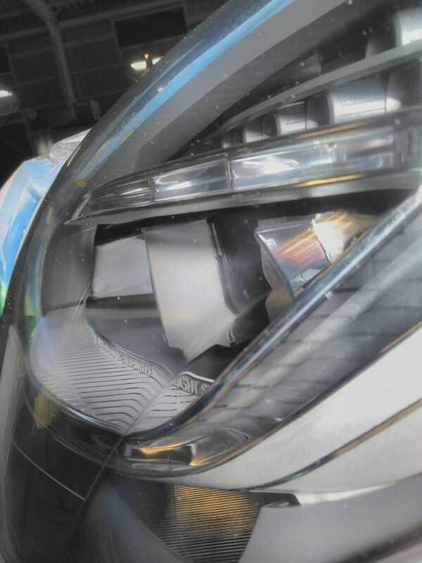 メルセデスベンツcls・ヘッドライトクラック除去後