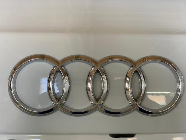アウディA4・プレミアム手洗い洗車・After